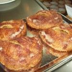 Sfogliatella (Apple-Cinnamon)